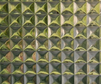 Laserowa obróbka szkła — grawer i otworowanie